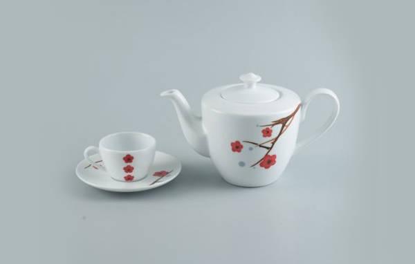 So sánh bộ ấm trà đất nung giá rẻ và Bộ ấm chén uống trà Minh Long