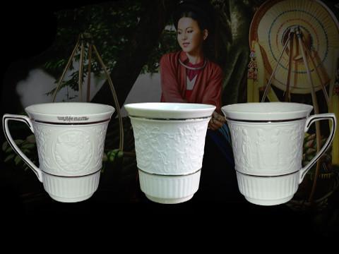 Bộ Trà Minh Long 0.8 L Camelia Tứ Linh