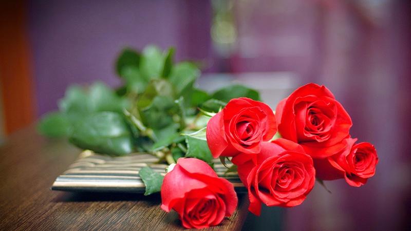 Quà tặng cho ngày Valentine đỏ.